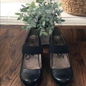 OTBT Black Mary Janes Size 10
